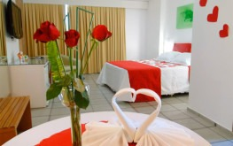 hotel-praia-centro-fortaleza-lazer-hospedagem-acomodacoes-apartamento-luxo-lua-de-mel3