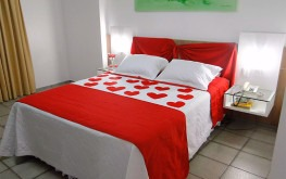 hotel-praia-centro-fortaleza-lazer-hospedagem-acomodacoes-apartamento-luxo-lua-de-mel4