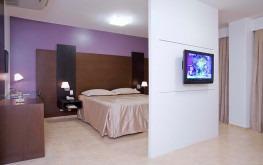 hotel-praia-centro-fortaleza-lazer-hospedagem-acomodacoes-apartamento-suite8