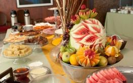 hotel-praia-centro-fortaleza-restaurante-hospedagem-gastronomia-cafe-da-manhal-buffet-pratos