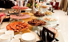 hotel-praia-centro-fortaleza-restaurante-hospedagem-gastronomia-cafe-da-manhal-buffet-pratos2